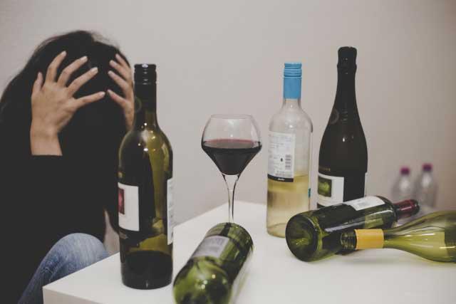 アルコール依存症は体調不良になる理由だらけ